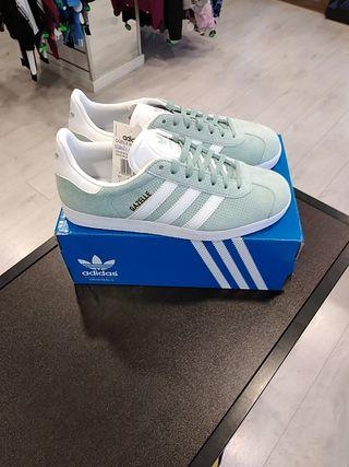 Zapatillas Adidas Gazelle n40