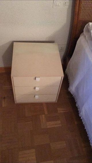 Mesa cajón auxiliar IKEA