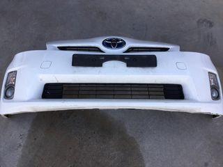 Paragolpes delantero Toyota prius