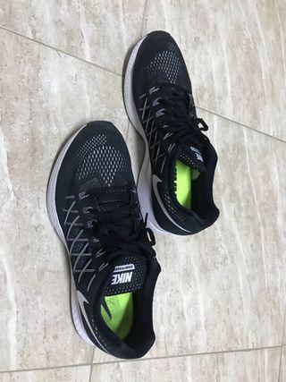 Nike Pegasus 32. USA 13. N*48
