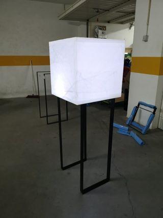 Mesas con iluminacion sin cables