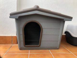 Caseta de perro/gato exterior