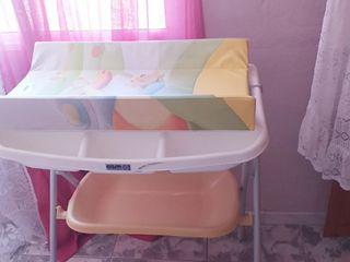 bañera y cambiador de bebes