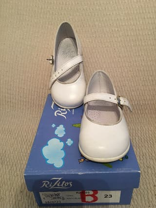 Zapato niña T 23