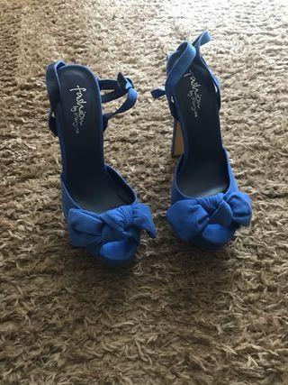 Zapatos de tacón sin usar