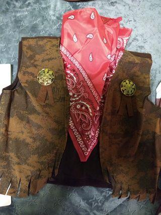 disfraz vaquero chaleco y pañuelo