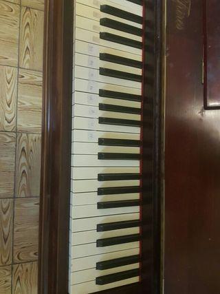 piano (pianoforte)