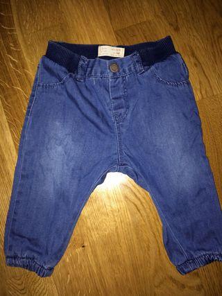 Pantalon de ZARA talla 3-6 Meses Bebe niño niña