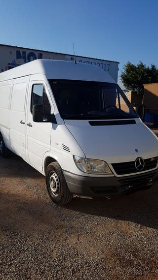 Mercedes-Benz Sprinter 2004