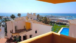 Piso en venta en Playa Bajadilla - Puertos en Marbella
