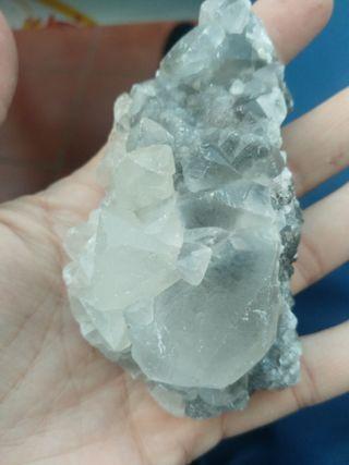 Mineral calcita