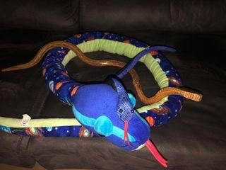 Peluches serpientes