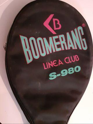 Raqueta tenis Boomerang.