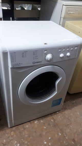Lavadora indesit blanca de 6 kg