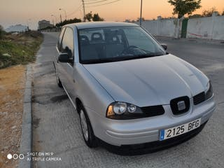 SEAT Arosa 2001