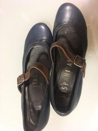 Zapato número 39 azul Hispanitas
