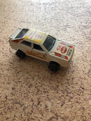 Coche Audi quattro