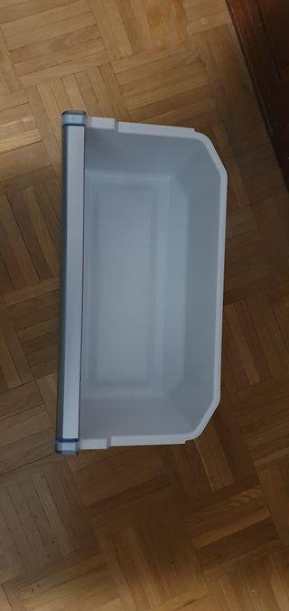 Cajón del congelador de frigorífico Balay