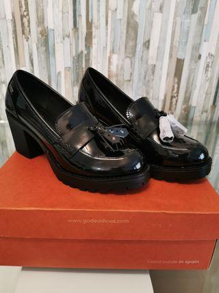 zapato mocasin de mustang