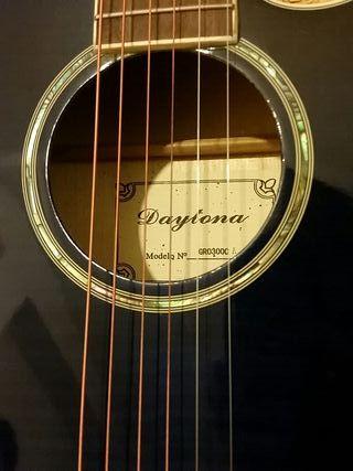 Guitarra Daytona. Electro-acústica