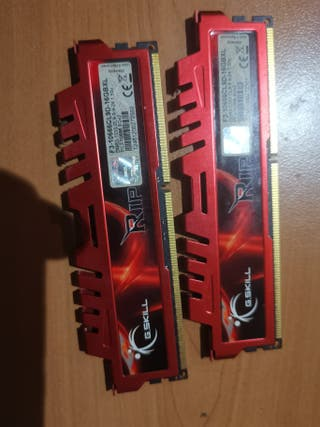 16 GB RAM 2x8 DDR3 1333 Ripjaws X