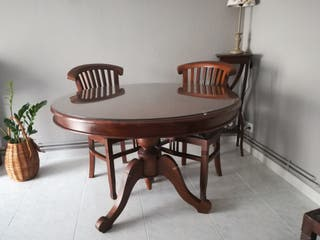 Mesa redonda madera de la India, tipo colonial en