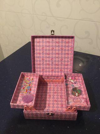 Joyero ,caja para abalorios