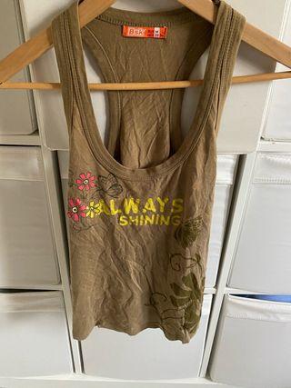Camiseta Tirantes Mujer Bershka.