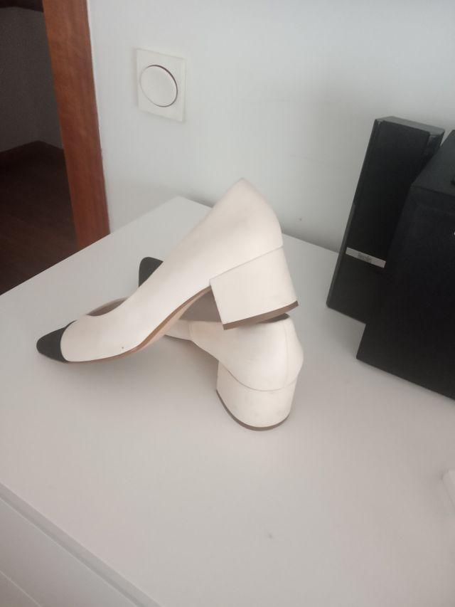 zapatos tacón bajo