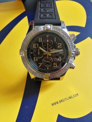 reloj Avenger