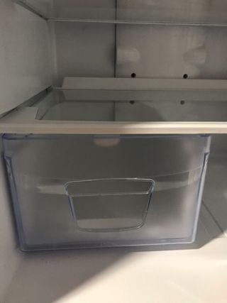 Cajón verduras frigorífico Indesit BAN34 NF P