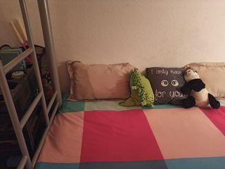 Literas con sofá cama. Impecable.