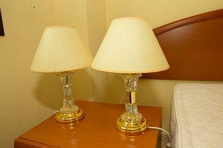 URGE VENDER!! 2 lámparas de mesa para dormitorio