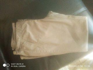 Pantalon Sra. Massimo Dutti.