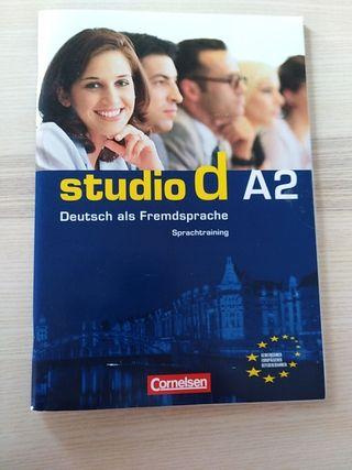 Sprachtraining A2 Studio D Deutsch-Alemán
