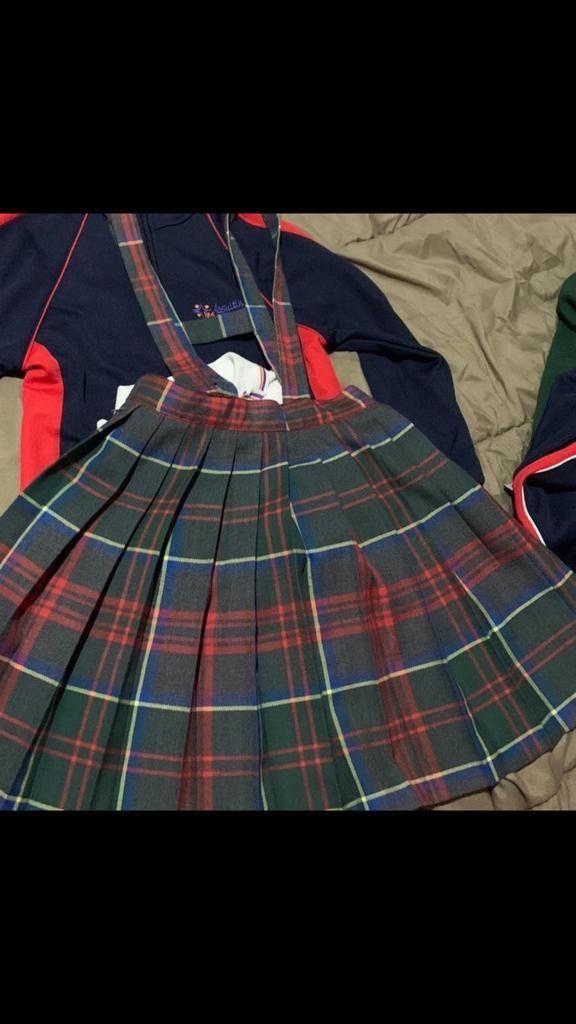 Falda de uniforme