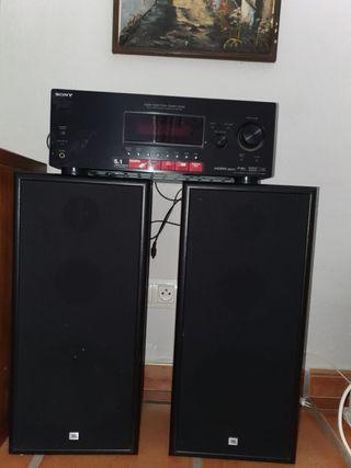 Altavoces JBL y amplificador Sony