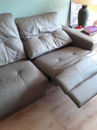 sofa de piel de 2 años