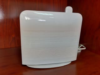 ROUTER/MODEM HUAWEI HG556a con USB
