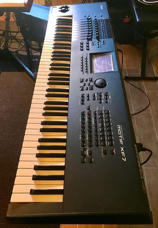 Sintetizador Workstation Yamaha Motif XF-7