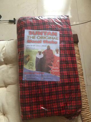 Capa masai original. Comprada en Tanzania.