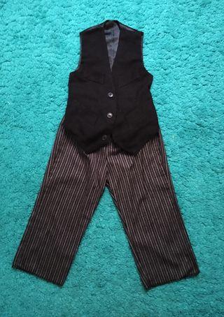 traje de aldeanito