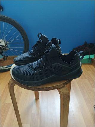 Nike Metcoon Training