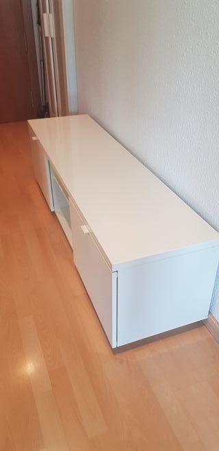 mesa de TV de Ikea