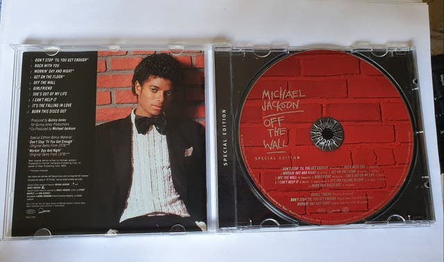 Michael Jackson off the wall CD Special edition