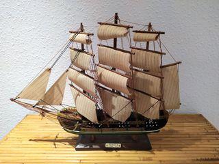 Maqueta FRAGATA naval siglo XVIII. PERFECTO ESTADO