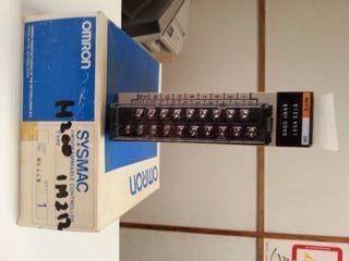 Modul 16 entrades PLC H200 de Omron