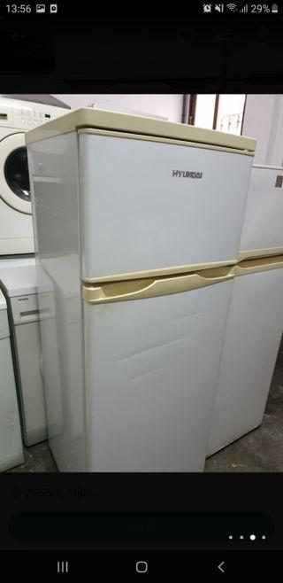 frigorífico marca HYUNDAI muy buen estado
