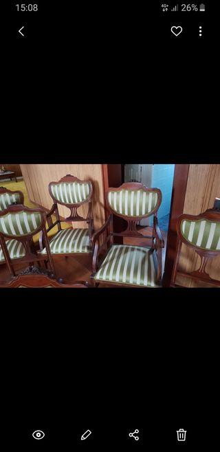 sillas tapizadas con dos sillones