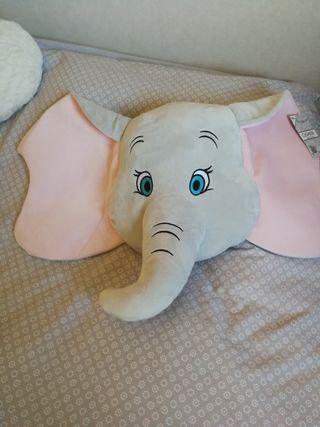 Cojín Dumbo